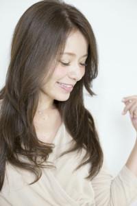 白髪を染めながら明るい茶色にカラーリング出来ます!
