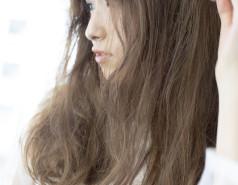 銀座カロンヘアカラー明るい白髪染め